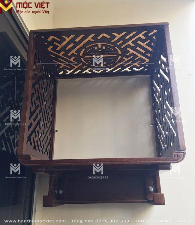 Mẫu ban thờ treo tường đẹp kết hợp vách ngăn và ốp lưng trang trí 1
