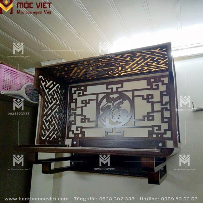 Mẫu ban thờ treo tường đẹp kết hợp vách ngăn trang trí