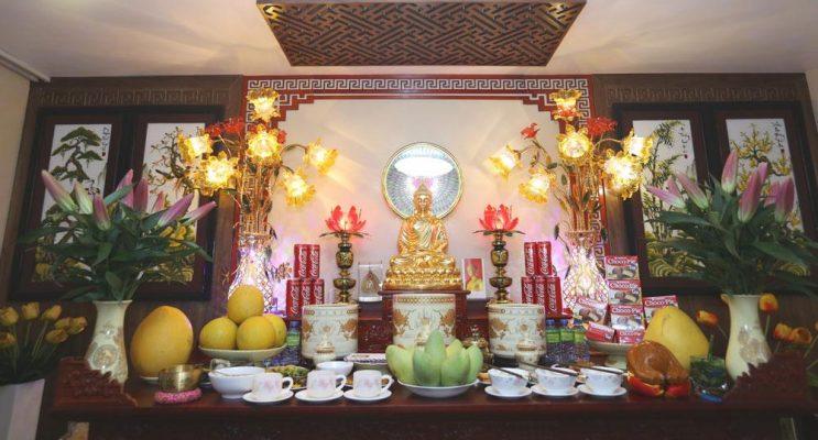 0502 Ban Tho Cung Le Gia Tien Va Tho Phat Ngay Tet Chua Ba Vang 0804